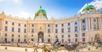 Предколедна екскурзия до Виена със самолет от Варна